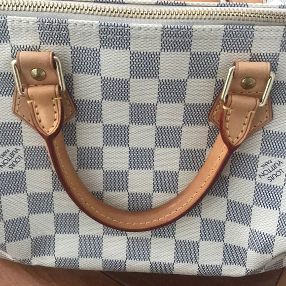 Louis Vuitton Handbags - Authentic Louis Vuitton Damier Speedy